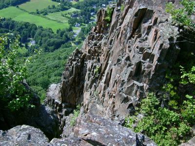 cliffrocks1.jpg
