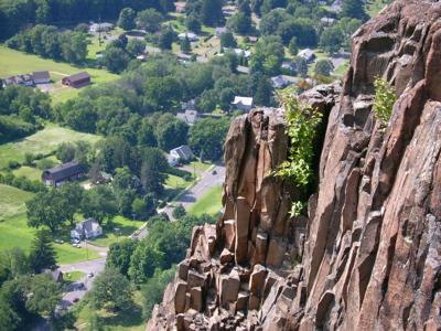 cliffrocks2.jpg
